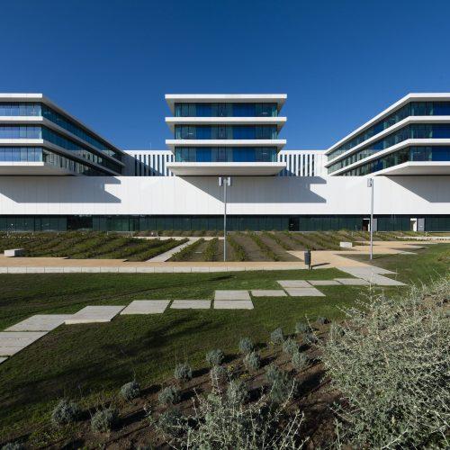 Acompanhamento fotografico da construcao do novo edificio do hospital CUF Tejo Alcantara em 2020, fase arranjos exteriores, Piso 0.